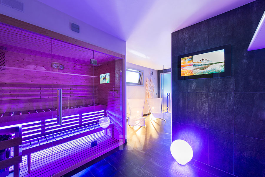 italian-wellness-home-wellness-spa-in-casa-sauna-cromoterapia