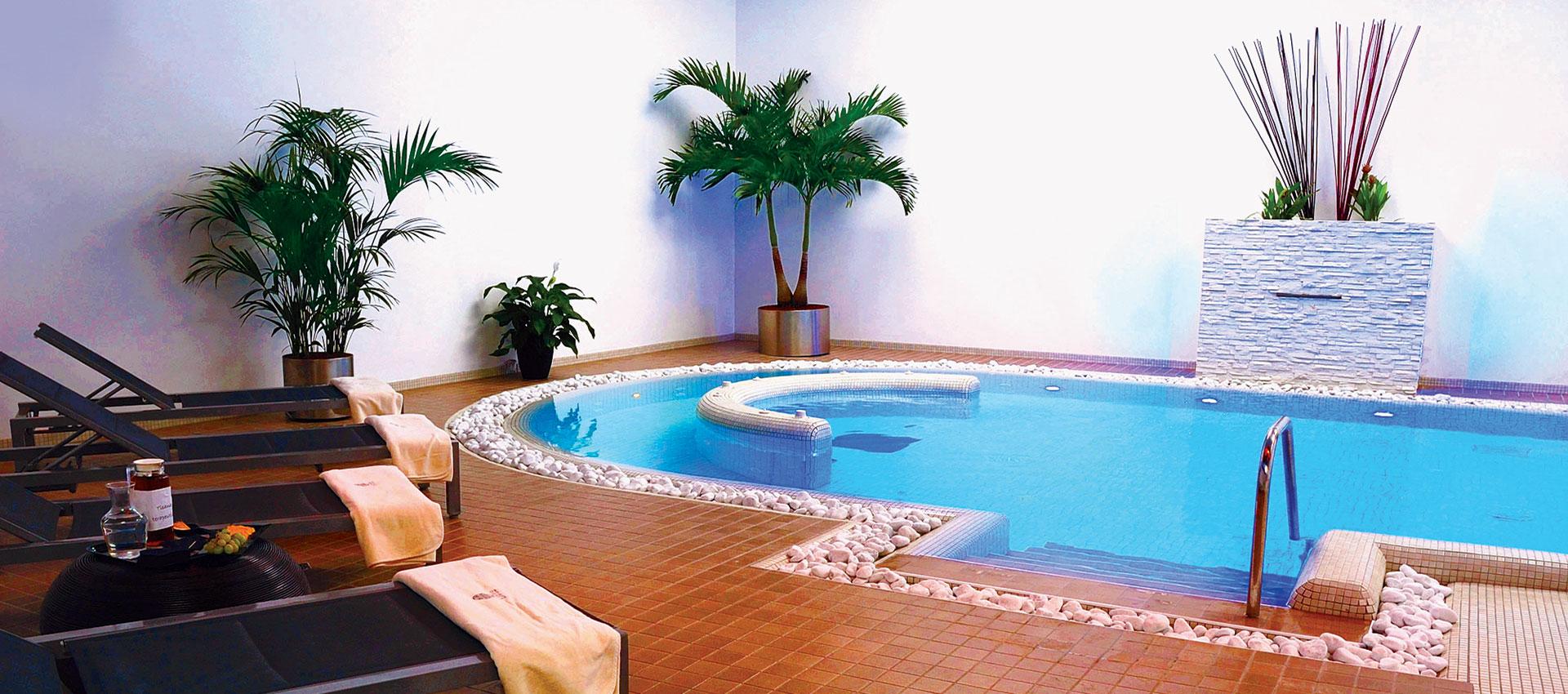 italian-wellness-piscine-cromoterapia